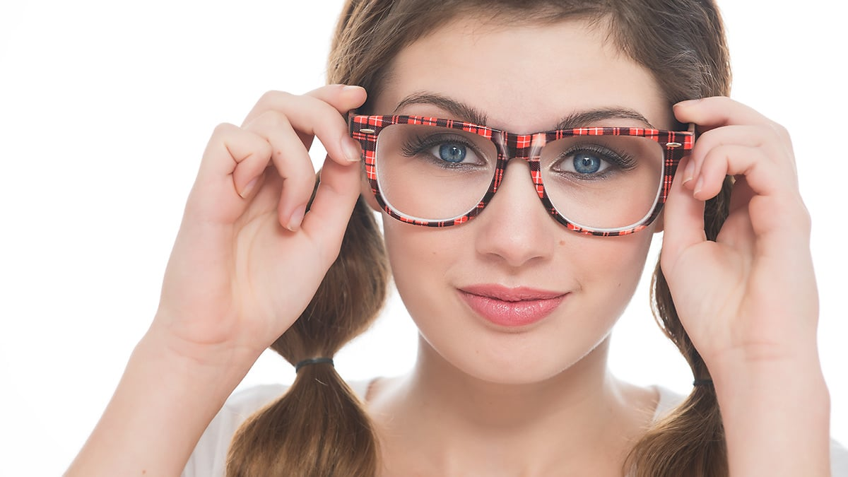Photo of How to avoid glare in eyeglasses: Photographing people with glasses and minimizing reflections
