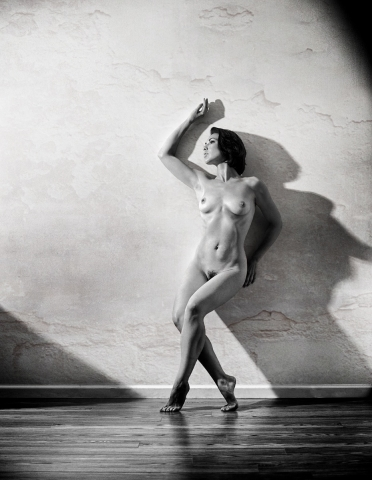 Fine Art Nudes - B&W Images Copyrighted by www.JoeEdelman.com