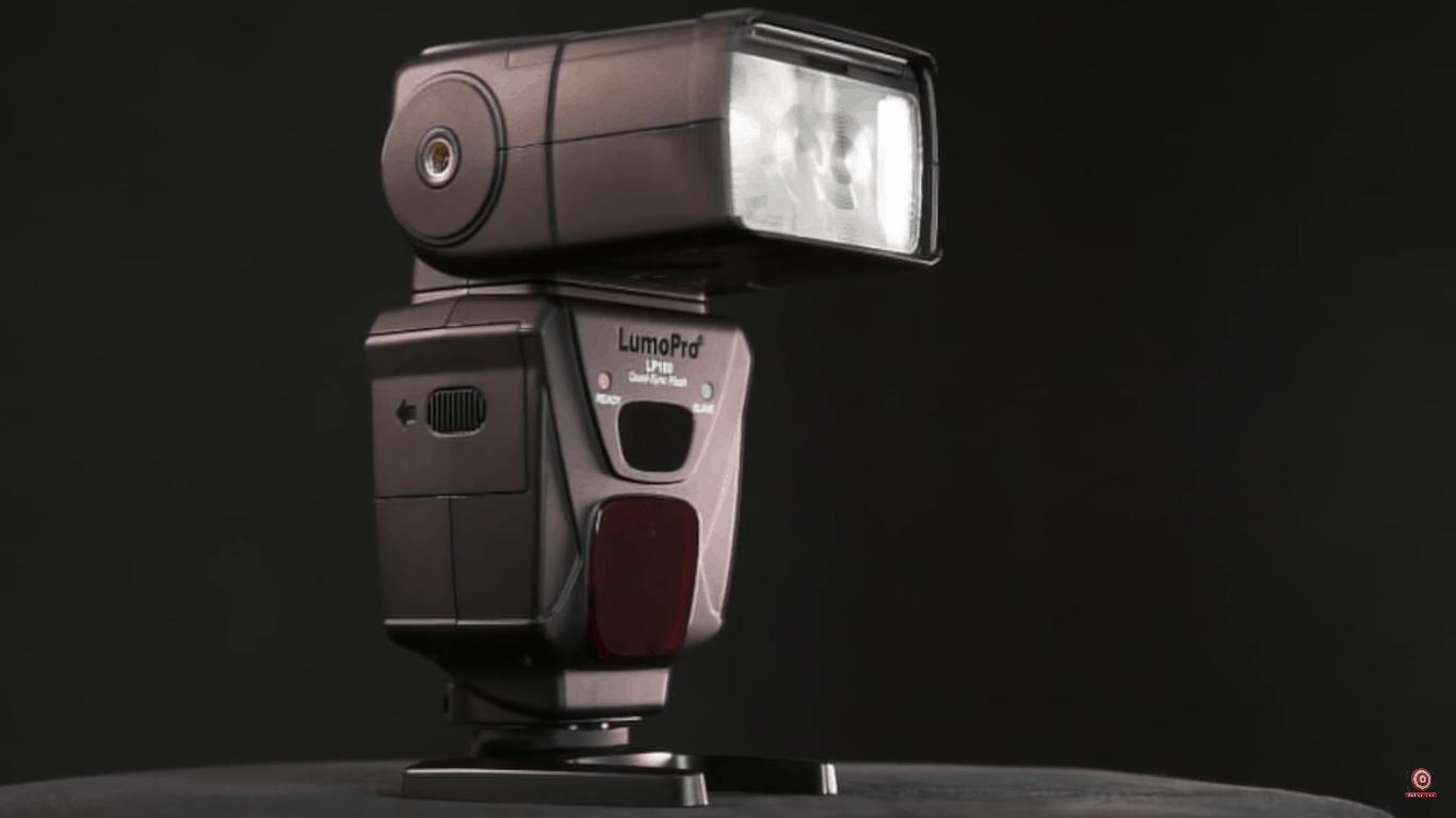 LumoPro 180 Speedlight Flashes