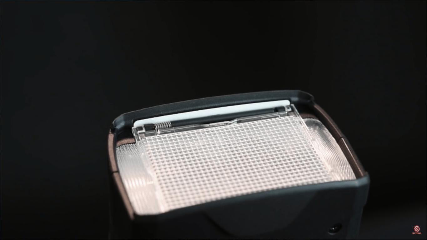 diffuser on speedlight flashes